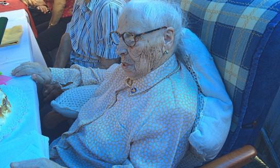 Esperanza, veciña de Bóveda, cumpriu 100 anos