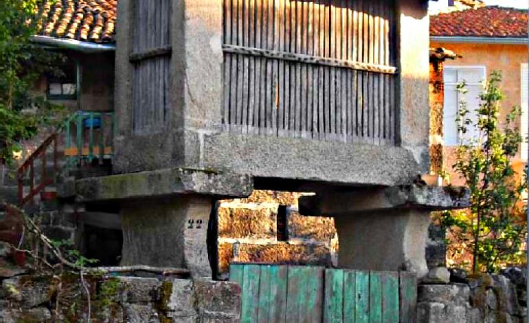 Cabaceiro de Outeiro de Bóveda