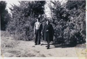 Francisco Dopazo Rodríguez coa muller de vellos